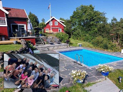 SOMMERIDYLL: Gjerpens spillere (innfelt) koste seg på hytta til Oda Olsens familie under teambuilding-helga. Foto: Privat