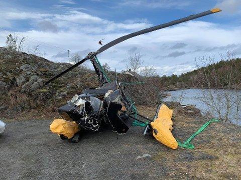 STYRTET I KRAGERØ: Dette Robinson-helikopteret styrtet med to personer om bord på Stavnes i 2019.