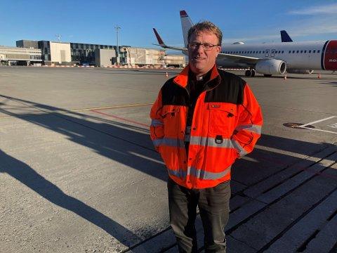 NORGES ENESTE: Torbjørn Olsen fra Furuholmen og Kragerø er Norges eneste flyplassprest. Tjenestestedet er Gardermoen Lufthavn.