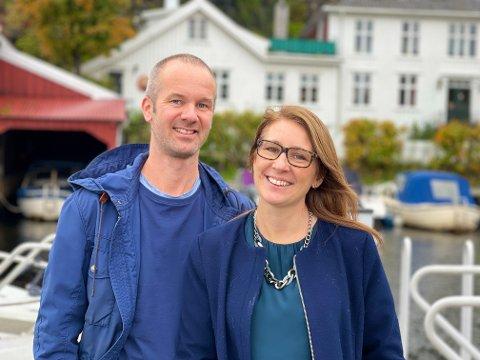 NYE FASTBOENDE: Håkon og Jannecke Stabell-Ruste bestemte seg i fjor for å flytte til Kragerø. I sommer realiserte de drømmen.