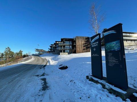 TYVERI: Det ble søndag meldt om tyveri av sparkesykler fra Kragerø Resort. Politiet vil sjekke overvåkningsvideo nærmere.