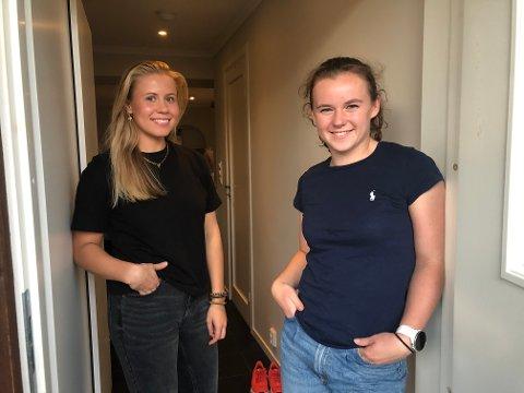 VENNINNER: Tuva Muffetangen (19) og Guro Ramberg (20) flyttet sammen for litt under en måned siden.