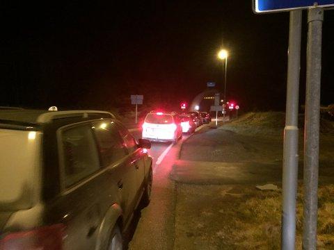 Tunnelen var stengd i rundt halvannan time. (Foto: Eivind D. Sjåstad, Hardanger Folkeblad).