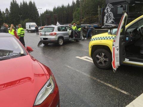 Ulukka skjedde på ferjekaien på Ranavik. (MMS-foto: Jonn Karl Sætre)