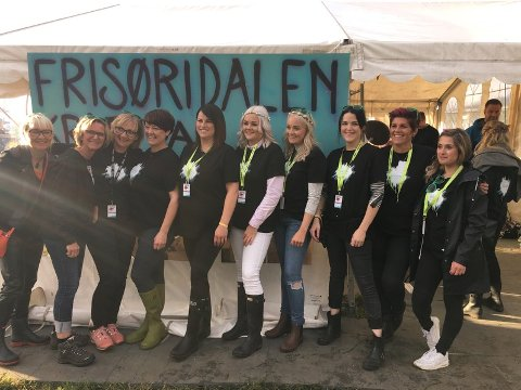 Frisørane: Dei eminente frisørane i Kvinnherad samla inn 60.000 til Kreftforeininga.