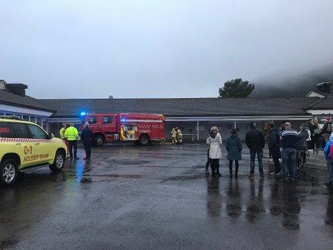 Tidlegare i vinter brann det på eit toalett ved Husnes ungdomsskule. (Arkivfoto).