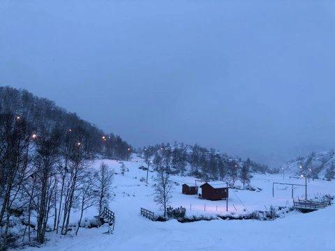Slik såg det ut i Fjellhaugen fredag ettermiddag. (Bilde frå skisenteret si Facebook-side).