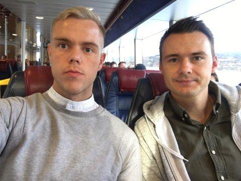 Lasse Digranes (t.v.) og Åsmund Voster var av dei som ikkje fekk koma med båten frå Bergen til Sunde på fredag.