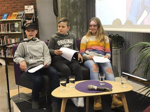 INTERVJU: Vilde, Oliver og Wictor frå 6. trinn Undarheim skule intervjua forfattar A. Audhild Solberg. (Foto: Susanne Fæhn).