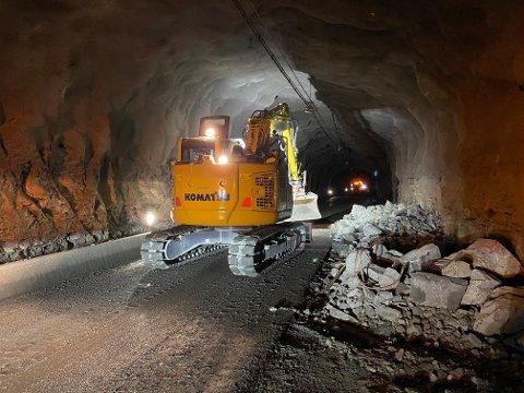 OMFATTENDE: Arbeidet i tunnelene fortsetter til neste år.
