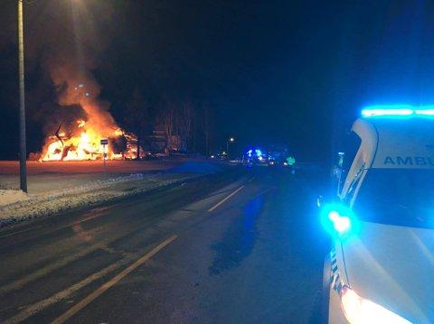 Alle nødetater rykket ut til brannen i Hostvedt.