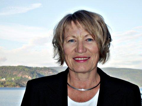 SER POSITIVE TEGN: Elisabeth Holen, fylkesdirektø i NAV Buskerud