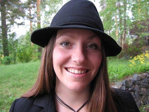 PRISVINNER: Anette Skullerud skal spille 15 låter på årets Countryfestival i Seljord.