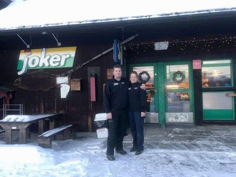 NYE EIERE: Joker Tunhovd fikk nye eiere  2. januar 2019. De nye eierne av den lokale matvarebutikken er Are Irgens (44) og Anita Redalen (46) fra Geilo.