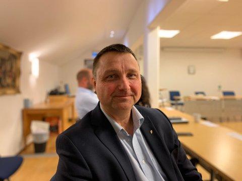 ØRKENVANDRING: Frps Eilev Bekjorden er redd for konsekvensene hvis Flesberg kommune bryter aksjonæravtalen på onsdagens generalforsamling.