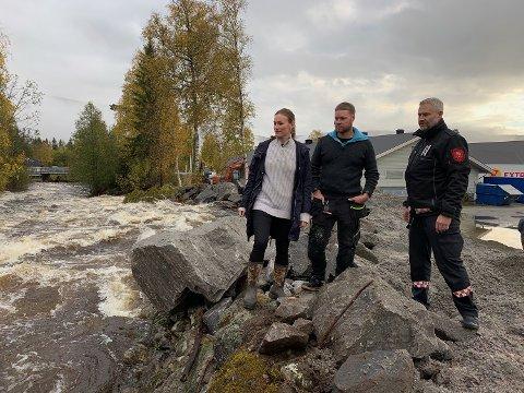 BEFARING: - Nørståe er snill og søt sammenlignet med hvordan det så ut i går kveld, sier Viel Jaren Heitmann, her sammen med Stian Bjerkgård (i midten) og Jørn Hjalland.