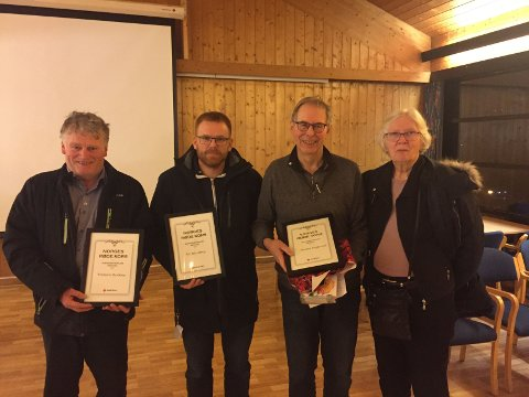 FIKK DIPLOM: Fra venstre: Torbjørn Barikmo, Tor Flesseberg, Martin Reggestad og Annie Hanssen.