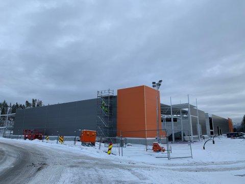 BYGGES: Det har skjedd mye på Gomsrud den siste tiden. Her arbeides det på Coop Obs Bygg-varehuset, som ligger mellom Carlsen Fritzøe og avfallsanlegget.