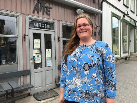 Helene Hjallen skal tilbake på jobb denne uka etter to måneder som permittert.