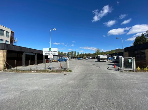 HASTER: Tekniske tjenester bor i noe av den dårligste bygningsmassen i Kongsberg kommune.s eie. Politikerne er klar over at det haster, men vil likevel ha flere alternativer til nybygg på bordet.