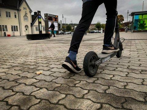 TRANSPORT: Unge i Kongsberg har flere måter å komme seg rundt på. Nå skal ungdommen i Kongsberg forskes på.