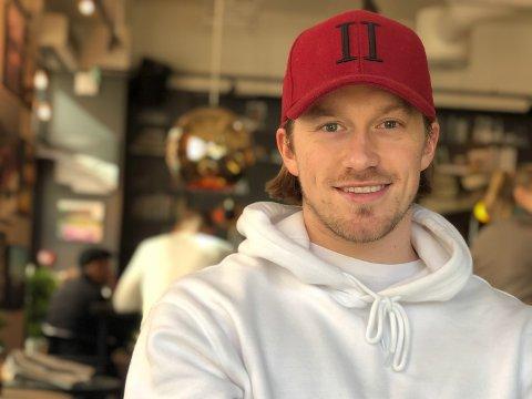 UVISS TID: Tim Robin Johnsgård visste ishockey-sesongen kom til å bli spesiell, men hadde ikke sett for seg å ikke få spille.