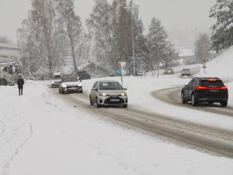 FØRE: Det var subbete føre i Kongsberg i morgentimene. Men det er ikke meldt om alvorlige hendelser.