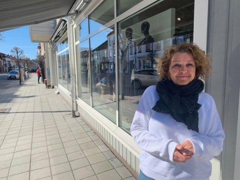 GLAD: Elisabeth Sagdal ble godt fornøyd med nyheten om at butikker kan gjenåpnes.