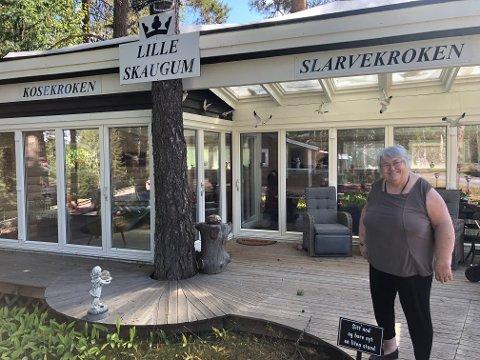 ET HYTTELIV: Torild Granhaug har skapt seg et sommerparadis på Stengelsrud i Kongsberg.
