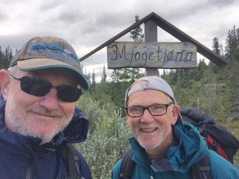 GIKK TIL HYTTA: Per Myklestu (t.v.) og kameraten Eiolf Stein fra Asker.