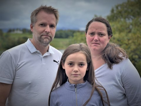 Tor Inge Danielsen, Veronica Danielsen og datteren Leah.
