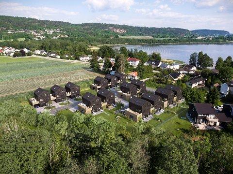 KAN GJENOPPTA ARBEIDENE: Utbyggeren av Gartneriløkka kan nå fortsette med grunnarbeidene på tomta.