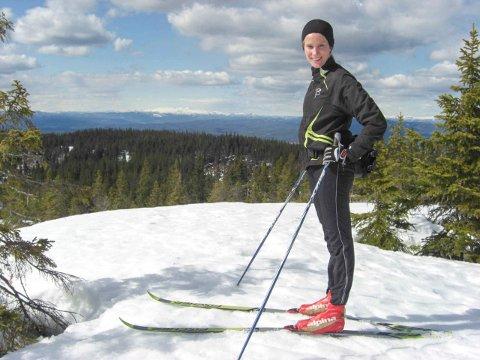Guro Bøhm har nådd dagens turmål 702 moh på Breilivarden.