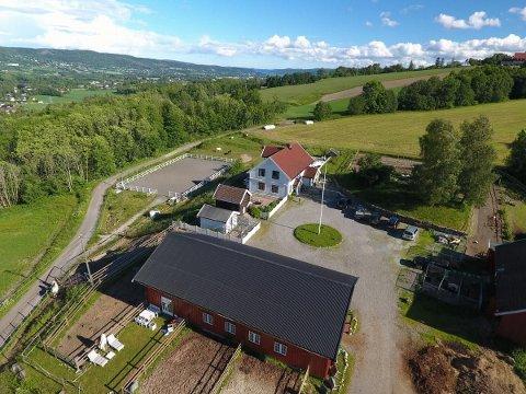 SOLGT: Eiendommen i Jarenveien i Lier ble solgt etter budrunde denne uka..