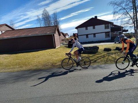 En 284,8 kilometer lang sykkeltur er tøft nok i seg selv. Og når halvparten av distansen tilbakelegges med en stigningsprosent på 6,2, tar det på for noen og enhver.