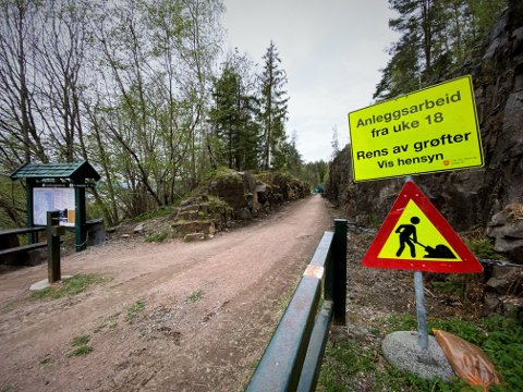 ANLEGGSARBEIDER: I forrige uke startet grøftearbeidene langs den populære turstien mellom Gullaugkleiva og Reistad.