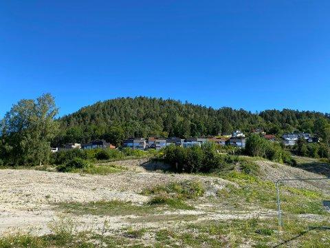 NYE BOLIGER: I området foran boligene i Soltoppen, kommer de neste boligene i Lier Hageby, som har fått navnet Epletunet.