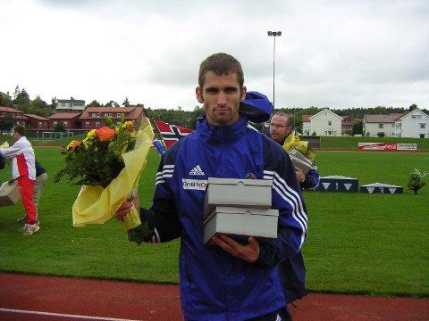 Bestemannspremien: Einar fikk bestemannspremien under nordisk mesterskap i friidrett i 2004 .