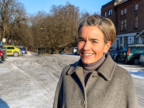 Fortsatt strengt: Ordfører Gunn Cecilie Ringdal forventer at flere av de strenge lokale tiltakene fortsetter, men håper på noen lettelser.