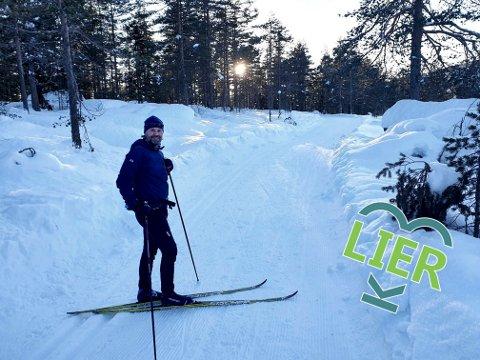 Kremturen: Her er Odd Ingvar Helgesen i gang med sin favorittrunde med ski på beina.  Mellomdammen er nettopp passert og høydepunktene venter rett rundt hjørnet. - Dette er en sammenhengende kremløype, ingen transportetapper - bare perler hele veien, mener Helgesen.
