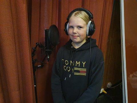 Debutanten: Edda Otneim Kullhuset debuterte som studioartist under musikkcampen på Sjåstad samfunnshus