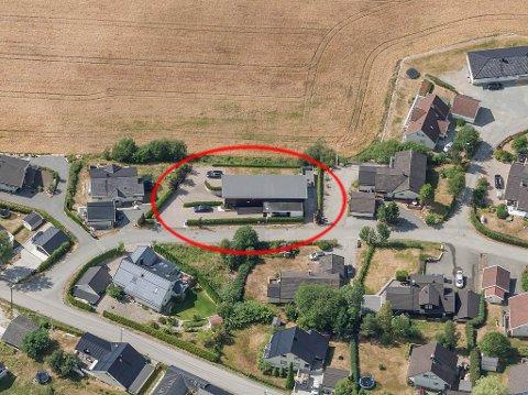 Dyrest: Dette huset i Elvebakken på Lierskogen var den dyreste eiendommen som ble solgt i Lier kommune i juni.