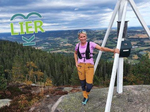 Spesiell topp: For Monicas Østenengen vil Storsteinsfjell alltid ha en spesiell plass i Drammenskvinnens tur-hjerte.   - Det er ingen annen topp i Finnemarka som kan måle seg med denne, mener Monica.
