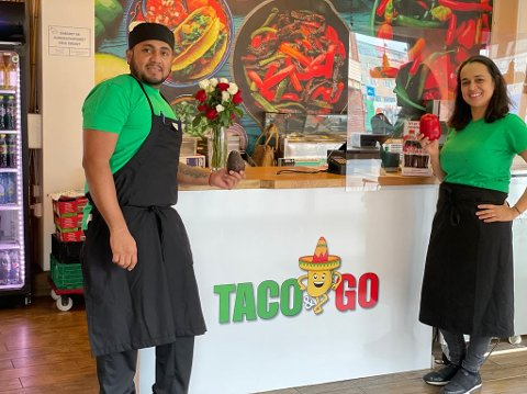 ÅPNET: (f.v.) Kjøkkensjef Xavi Vera og daglig leder Isabel Ibanez åpnet torsdag sitt nye konsept Taco & Go i samme lokaler som Wok & Go.