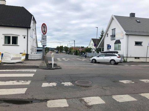 KONTROLL: Politiet avholdt en kontroll i Vestbygata torsdag. Det straffet seg for mange.