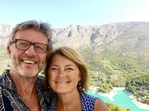 GLOBETROTTERE: Bernt Roald Nilsen og Torill Berg har reist rundt i store deler av Europa. Nå sto Romerike for tur og bloggerparet var ikke misfornøyde