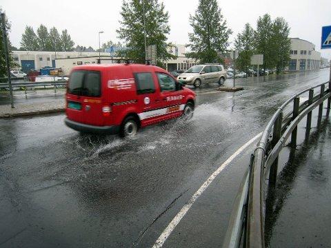 Det blir trolig ei våt jul i år, og det samme blir det kommende helgeværet i Lofoten.