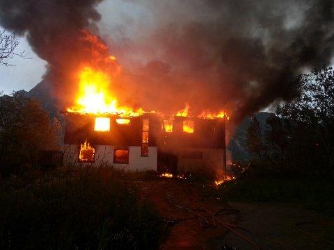 Da brannvesenet ankom var boligen overtent