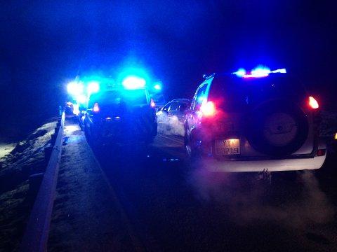 Politi, brannvesen og ambulanse rykket ut. Foto: Leserfoto