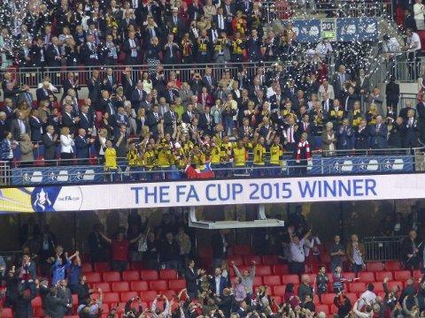 Vinnere: Arsenal gjentok bedriften fra 2014 og ble FA Cup-mestere også i 2015. Hvem vinner den prestisjefylte turneringen i år?FOto: Kristian Rothli